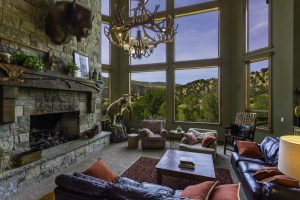 Family room Hunting Cabin lodge giveaway