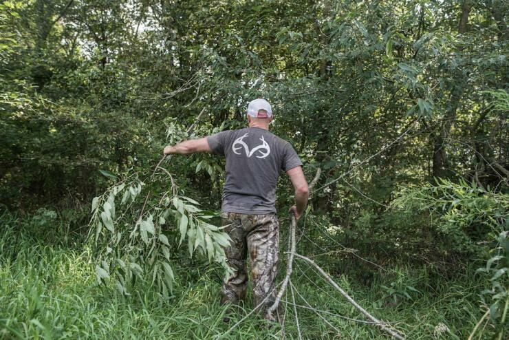 Creating Deer Hubs - Building a brush blind